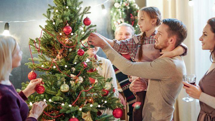 Comment décorer un sapin de Noël?